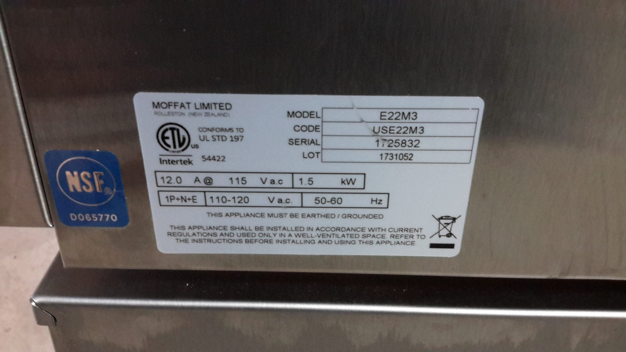 Moffat E22M3 Electric Convection Oven with Equipment Stand   Wilson ...